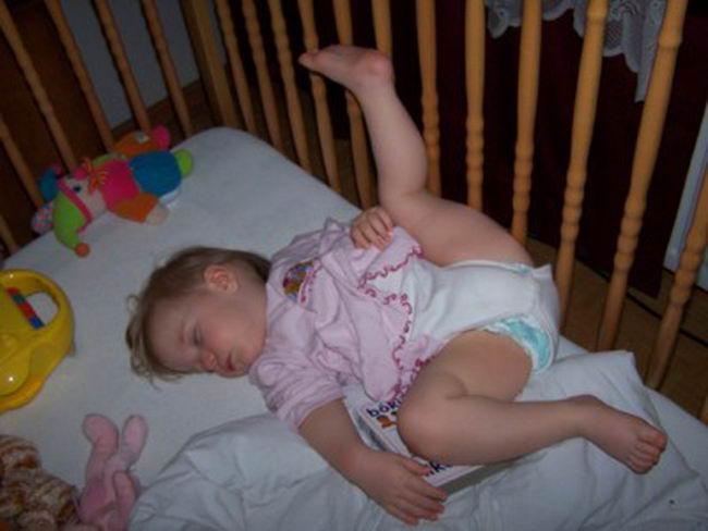 baby-funny-sleeping-style