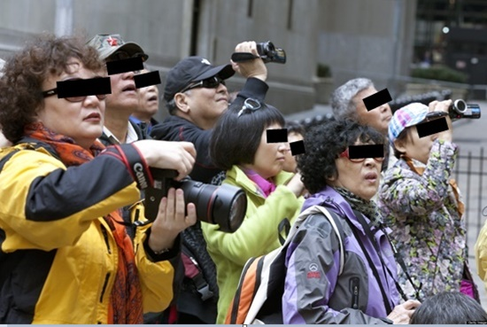 why-hate-chinese-tourists-01